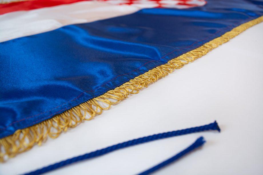 prigodna svečana hrvatska zastava