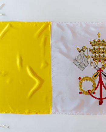 žuto bijela papinska zastava